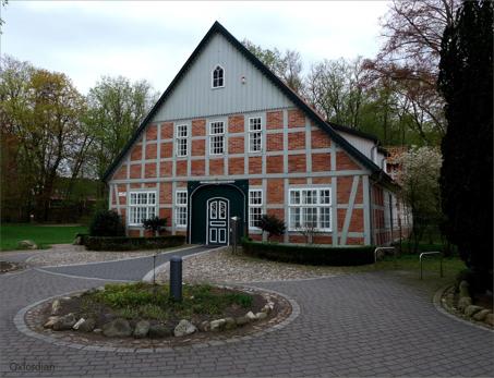 frame-house